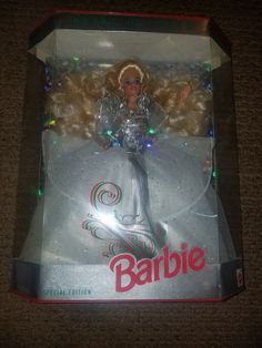 New in box. Box is in good condition. Barbie Box, Happy Holidays Barbie, Mattel Dolls, Vintage Holiday