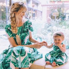 Dolce & Gabbana Like Mother like Daughter Mother Daughter Matching Outfits, Mommy And Me Outfits, Mom Daughter, Family Outfits, Trendy Fashion, Kids Fashion, Fashion Fashion, Street Fashion, Barefoot Blonde