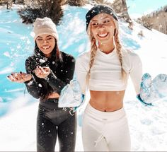 pinterest: lottiehayy Mylifeaseva - Eva Gutowski - Its All Wild - holiday - winter - collection - snow - skiing - snowboarding - model - best friends - laugh