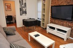 New York City, United States of America Vacation Rental, 2 bed, 1 bath, kitchen with internet in Manhattan, Upper East Side. Thousands of photos and unbiased customer reviews, Enjoy a great New York City apartment rental perfect for your next holiday. Book online!