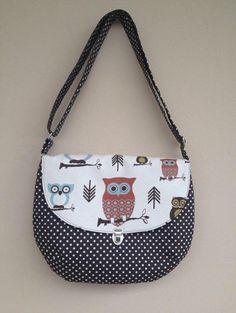 Owl Fabric Purse Large Canvas Bag Brown Polka by NormasBagBoutique Owl Fabric, Canvas Fabric, Polka Dot Bags, Polka Dots, Beautiful Owl, Fabric Purses, Owl Print, Large Purses, Large Canvas