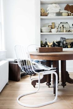 Vintage touches in the kitchen in the farmhouse of interior designer Leanne Ford.