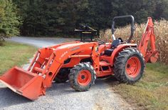 2009 Kubota MX5100 4X4 TLB 240HRS 2009 Kubota MX5100 4X4 tractor with loader and backhoe. Only 240 hours, very clean. Skid loader style quick attach front bucket. Subframe mounted factory backhoe.