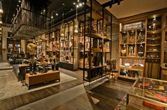 Frye Flagship Store - Softline Specialty Store 3,001 to 7,500 sf
