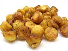 Parisienne Potatoes This is a classic dish of round balls of potato, fried in butter.---the finished parisienne potatoes