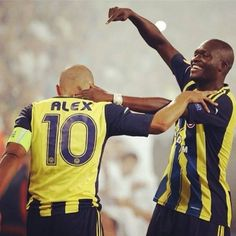 Alex De Souza - Moussa Sow Fenerbahçe - Best of Wallpapers for Andriod and ios Most Beautiful Wallpaper, Sports Clubs, Galaxy Wallpaper, Messi, Ronaldo, Real Madrid, Live Life, Liverpool, Barcelona