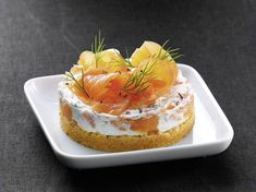 Smoked salmon cheesecake: discover the cooking recipes of Femme Actuelle Le MAG Pumpkin Cheesecake Recipes, Cupcake Recipes, Snack Recipes, Cooking Recipes, Snacks, Cheesecake Cupcakes, Ceviche, Pumpkin Spice Cupcakes, Smoked Salmon