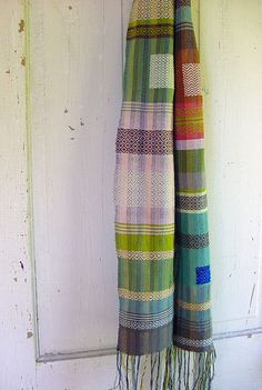 Ethiopian Traditional Dress, Traditional Dresses, Cricket Loom, Loom Scarf, Woven Scarves, Weaving Patterns, Color Shapes, Scarf Styles, Woven Fabric