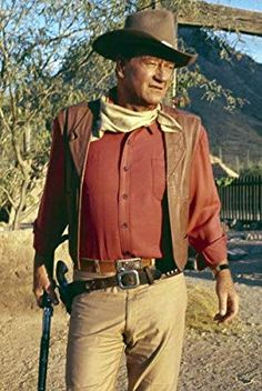 John Wayne holding rifle by side iconic pose classic western Poster John Wayne Quotes, John Wayne Movies, Hollywood Actor, Old Hollywood, The Quiet Man, Dream Catcher Native American, Native American Beauty, Actor John, Actrices Hollywood