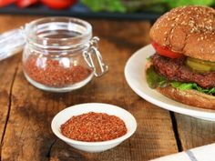 Get the best Fuddrucker& Hamburger Seasoning recipe on the ORIGINAL copycat recipe website! Todd Wilbur shows you how to easily duplicate the taste of famous foods at home for less money than eating out. Best Burger Seasoning, Seasoning Mixes, Hamburger Seasoning Recipes, Hamburger Relish Recipe, Stuffed Hamburger Recipes, Hamburger Spices, Top Secret Recipes, Copycat Recipes, Restaurant Recipes