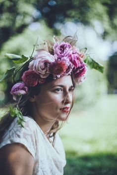 #flower #crown #fairy #natural #romantic #hairstyle #curls #hairdo
