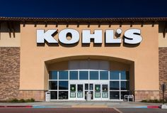 If you've been waiting for the 2017 Black Friday ad from Kohl's to appear, you're in luck. Let's take a look at what Kohl's will have from its doorbusters to regular all-day deals.