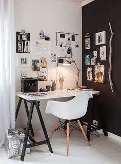 Browse pictures of home office design. Here are our favorite home office ideas that let you work from home. Shared them so you can learn how to work. Home Office Design, Home Office Decor, House Design, Office Ideas, Office Designs, Bedroom Office, Bedroom Desk, Office Furniture, Design Room