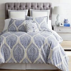 The comfort of 100% cotton is beautifully presented in Reese, our geometric-inspired print bedding collection. Featuring crisp blue on a natural background, the duvet cover, shams and decorative pillow brighten your bedroom with a sophisticated attitude. Oh, and Reese has an easy-care attitude, too—duvet covers and shams are machine-washable.