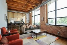 Two Bed, Two Bath Timber Loft Against 606 Trail - Curbed Chicago