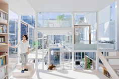 na house tokyo japan japanese architecture japanese architect sou fujimoto glass house Sou Fujimoto, House Tokyo, Architecture Résidentielle, California Architecture, Creative Architecture, Architecture Student, Classical Architecture, Amazing Architecture, Unusual Homes