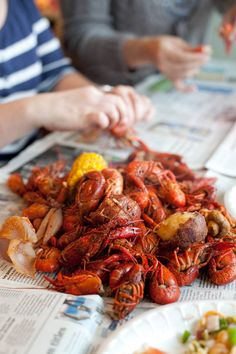 everything about crawfish boils; the heat burning your fingertips, the spice tingling your mouth, the juices running down your elbow, the mess on the table slowly forming into distinguished heaps of edibles and non. I LOVE CRAWFISH Cajun Boil, Crab Boil, Seafood Boil, Fish And Seafood, Seafood Recipes, Cooking Recipes, Cajun Crawfish, Crawfish Recipes, Crawfish Party