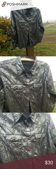 Western shirt Great condition 100% Cotton Wrangler Tops Button Down Shirts