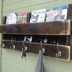 Coat rack / key rack / magazine holder / cell phone charger ALL from a pallet design!!!