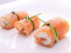 The 17 Day Diet Cookbook Recipe: Creamy Smoked Salmon Rolls already in box! Good Healthy Recipes, Healthy Foods To Eat, Healthy Eating, Amazing Recipes, Easy Recipes, Cookbook Recipes, Diet Recipes, Cooking Recipes, Homemade Cookbook