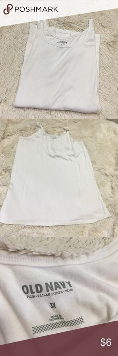 💥 Last Chance💥 Tank Excellent used condition. Old Navy tank top.                               Pet Friendly Home 🐶🐱🐱 Smoke Free Home 🚫 No trades 🚫 Offers, Bundles, and Questions Encouraged 👍🏻 Old Navy Tops Tank Tops