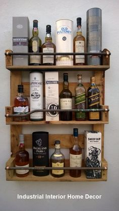 Whisky Rack Shelf Upcycled Pallet / Crate Handmade Vintage Shabby Chic Kitchen in Home Furniture & DIY Cookware Dining & Bar Bar & Wine Accessories Cocina Shabby Chic, Shabby Chic Kitchen, Shabby Chic Homes, Shabby Chic Decor, Industrial Pipe Shelves, Industrial Home Design, Industrial House, Industrial Chic, Copper Pipe Shelves
