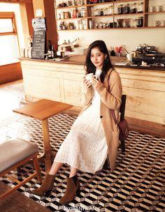 moc.rlbmut.tumblr.com - yukoaday: Nonno 2016.12 - 新木優子 Japan Fashion, New Fashion, Korean Fashion, Fashion Models, Winter Fashion, Womens Fashion, Fashion Pants, Fashion Outfits, Whimsical Fashion