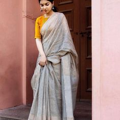 Designer Dresses for older women Saree Blouse Neck Designs, Saree Blouse Patterns, Farewell Sarees, Anarkali, Lehenga, Formal Saree, Simple Sarees, Saree Photoshoot, Saree Trends