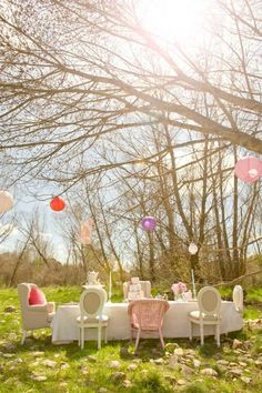 Alice in Wonderland Tea Party with SUCH CUTE IDEAS via Kara's Party Ideas | Cake, decor, cupcakes, favors, printables, games, and MORE! KarasPartyIdeas.com