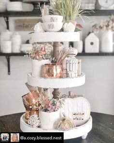 How to style a tiered tray. Copper mugs Tiered tray. How to style a tiered tray. Copper mugs Kitchen Island Decor, Kitchen Tray, Life Kitchen, Tray Styling, Tiered Stand, Country Farmhouse Decor, Fall Home Decor, Autumn Theme, Tray Decor