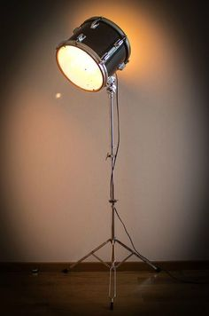 "lampadaire 'Trip and Drum"" by RécUPAtiNe"