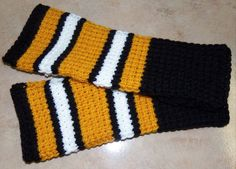 NFL Pittsburgh Steelers Fingerless Gloves Arm Warmers Crocheted. I want to do them in Colts colors!