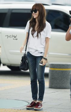 SNSD's Jessica -- Airport Fashion// Shoes <3