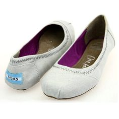 TOMS women shoes 2013 for summer 2013, serving good ,high quality and inexpensive, satisfying product! !!!various designs!!!