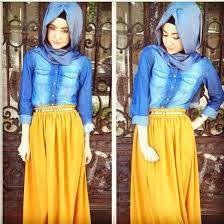 Chemise en jean+longue jupe jaune+hijab Bleu jean= mashallah sa fait trop beau!!!!!!