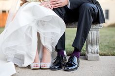 Stylish Winter Wedding in Chicago   Images by Jill Tiongco Photography   Via Modernly Wed   27