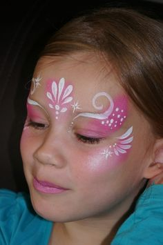 17 Creative Face Painting Ideas for Halloween and Birthdays Princess Face Painting, Girl Face Painting, Face Painting Designs, Face Painting Tutorials, Painting For Kids, Body Painting, Kids Makeup, Eye Makeup, Elsa Face