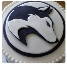 Dog Cakes, Cupcake Cakes, Cupcakes, Dinasour Cake, Wolf Cake, Gluten Free Chocolate Cake, Diy Birthday Cake, Animal Cakes, Cookie Frosting