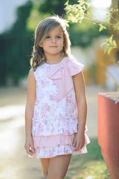LA ORMIGA SS 2015 www.laormiga.com Girls Dresses Sewing, Girls Formal Dresses, Little Dresses, Flower Girl Dresses, Summer Dresses, Dior Kids, Little Girl Models, Tutus For Girls, Cute Baby Girl