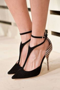 what a sexy shoe!  the lines from the dip of the heel to the sole, then swooped up by a delicate T-strap that coils around the ankle twice + let's not forget the zig zag pattern on the back + heel. #shoelover