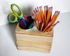 Riciclare i libri - portapenne