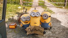 Hitchhiking Minions Desktop Wallpaper