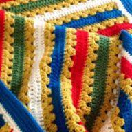 Met deze babytuttel heb je een uniek kraamcadeau! Je kan natuurlijk zelf nog variëren met kleur om hem een roze of blauw accent te geven. Veel haakplezier! Wat heb je nodig: – haaknaald 2,5 e… Samar, Friendship Bracelets, Blanket, Crochet, Chanel, Blog, Ganchillo, Blogging, Blankets
