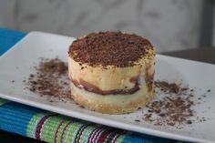 Receita de Torta de maracujá com chocolate meio amargo e branco.