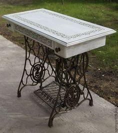 Купить Столик на станине от машинки Зингер - белый, столик на станине зингер, консольный столик