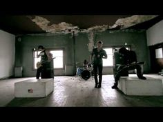 "Shallow Side - ""TRY TO FIGHT IT"" (Official Video) - TOP 10 - NEW ROCK MUSIC BAND - LISTEN NOW! - YouTube New Rock Music, Music Love, Good Music, Music Clips, Rap Music, Music Bands, Like A Storm, Rock Radio, Best Rock Bands"