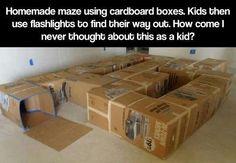 Doolhof van kartonnen dozen!