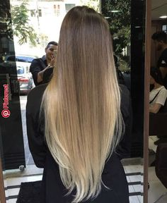Her hair when it's straightened - Frisuren Cabelo Ombre Hair, Long Ombre Hair, Balayage Hair, Bayalage, Balayage Highlights, Brown Blonde Hair, Brunette Hair, Blonde Ombre, Beautiful Long Hair