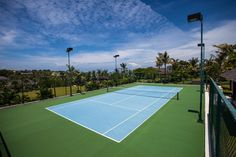 Have a friendly game with the whole family on one of our two floodlit tennis courts (grass & hard). We supply the rackets, both big & small. #semarauluwatu #bali