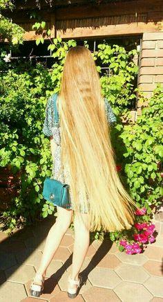 Easy Hairstyles For Long Hair, Long Hair Cuts, Down Hairstyles, Long Hair Styles, Long Black Hair, Very Long Hair, Ayurveda For Hair Loss, Hair Wings, Hair Today Gone Tomorrow
